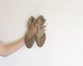 woven leather mary jane flats . tan summer ankle strap sandal .size 7M .sale