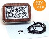 DIY Mini Tin Box with Wood Frame BlackStitch Kit Three Flowers