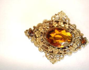 Vintage Jewelry Topaz Color Stone Brooch