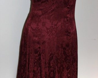FREE SHIPPING!! Vintage Burgundy Brocade Long Bridesmaid Mother of Bride Dress  size 11