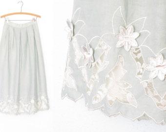 Vintage Tea Skirt * Linen Skirt * Pastel Mint Skirt * Embroidery * Applique * Medium