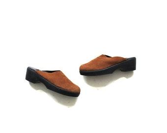 Vintage Leather Mules 8.5 / Brown Leather Mules / Minimal Slip Ons
