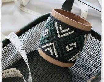 leather bracelet for women   boho cuff   wide cuff with geometric design   cross stitch cuff   chevron jewelry   arrow jewelry   tribal