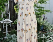 1990's Cream/Ivory Floral Garden Prairie Dress Short Sleeves Small Vintage Retro 90's Rayon Bridal Bridesmaid