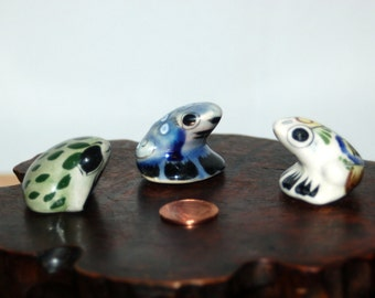 Wonderful collection of 3 Tonala Miniature Frogs / Toads ~ Hand Painted Mexican Pottery ~ one signed ~ Excellent Condition