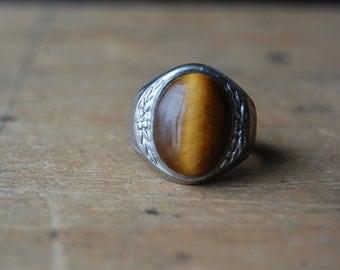 Art Deco sterling silver gentleman's Tiger's eye ring ∙ 1930s Tiger's eye signet ring