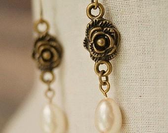 Handmade Pearl Earrings Antiqued Rose Earrings Rose Pearl Earrings Swarovski Ivory Pearl Swarovski Teardrop Pearl Earrings Swarovski Pear