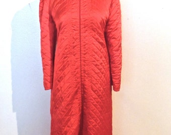 vintage red quilted robe - 1950s red quilted lounge coat