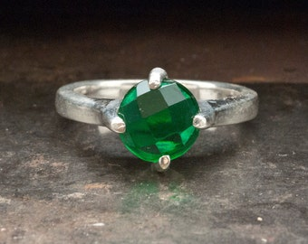 Green Onyx Ring, Sterling Silver Green Gemstone Solitaire Ring, Engagement Ring, Statement Ring, Emerald Green Size 7 Ring, Green Jewelry