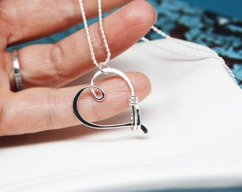 Ring Holder Necklace in Sterling Silver, Heart Clasp Ring Holder Pendant, Argentium Silver Pendant