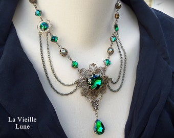 Emerald Green Victorian Choker Gothic Necklace, Jewel Necklace, Victorian Jewelry