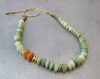 short 24K gold plated green necklace with  natural seeds and semi precious stones