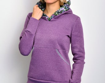 hoody shirt purple flowers by STADTKIND