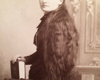 Cabinet Photo - Woman of Illinois with Long Hair - Antique Photo