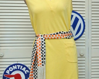 Vintage Women's 60's Yellow Shift Dress/Mod Costume/Polka Dot Fringed Scarf or Belt Included/2 Pockets/Distressed/Maryell Modes/Medium/Knit