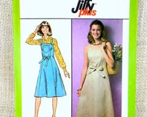 Vintage McCall's pattern vintage apron dress Jumper 1970s wrapron Smock Maxi Wraparound Wrap dress Halter Bust 34 Uncut