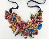Australiana wildflowers necklace
