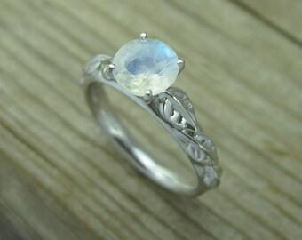 Moonstone Engagement Ring, Leaf Engagement Ring, Engagement Ring, Antique Engagement Ring, Moonstone leaf ring, 18k Moonstone Gold Ring