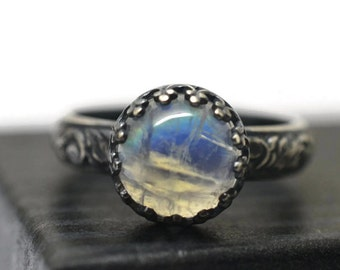 Rainbow Moonstone Ring, Natural Gemstone, Blackened Silver Ring, Oxidized Ring, Floral Band