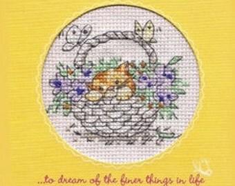 Kitten Picture 'Kitten in a Basket of Flowers' in Cross Stitch (7149)