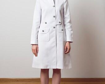 SAMPLE SALE! SIZE M White summer coat 60s retro mod striped button