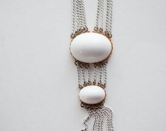 White Chain Necklace Vintage Bride Wedding Funky Boho Bohemian Jewelry 1960s Fashion