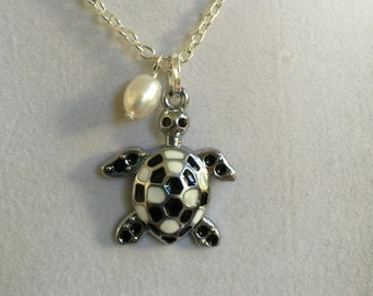Black and White Silver Turtle and Pearl Necklace