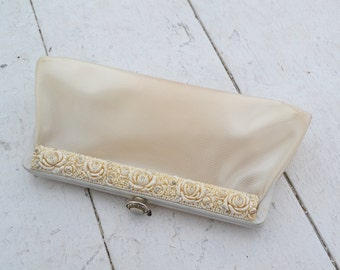 1950s Cream Vinyl and Resin Clutch Purse