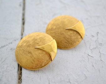 1980s Trifari Gold Circle Clip Earrings