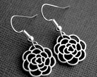 Silver Roses . Earrings . Filigree