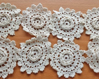 Crochet Flowers, 2.5 inch Crocheted Flowers, Vintage Flower Embellishments with Dimensional Flower Centers