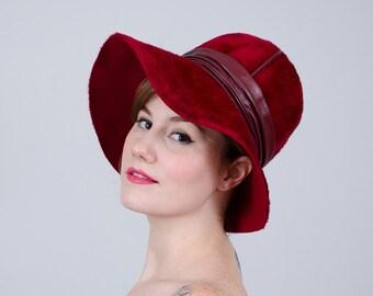 1960s vintage hat / Christian Dior hat / red fur felt hat