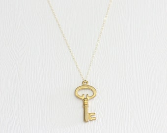 Key to your Heart pendant necklace, Gold