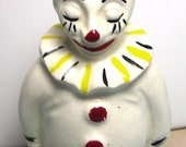 Vintage Kheedawee Court Clown Figurine, #6, 1954, Kheedawse Court Clown, old glass clown, clown miniature, clown collectible, vintage clown