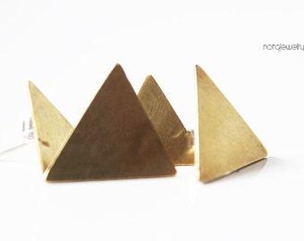Geometric jewelry,Small brass studs, Small brass earrings, Brass triangle studs, Triangle studs, Triangle brass, Contemporary brass studs