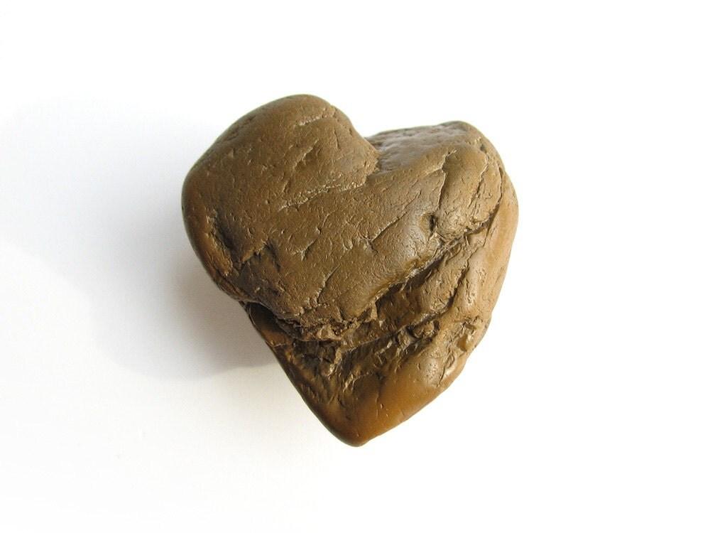 Natural River Rock : Heart shaped stone natural river rock love pebble