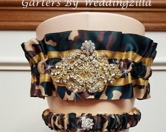 Camo Wedding Garter Set / Crystal Garter / CAMOUFLAGE  and CRYSTAL Wedding Garter / Camo wedding