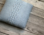 Knitting pattern, knitting tutorial, aran pillow case, cabled pillow cover, home decor, decor pillow DIY knitted tutorial