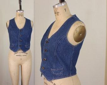 Denim Vest / Women's Wrangler Vest / Vintage Light Denim Outerwear Size Medium