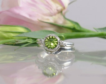 Peridot Engagement Ring, Peridot Wedding Ring, Peridot Wedding Set, Sterling Silver, Peridot Natural Gemstone, August Birthstone