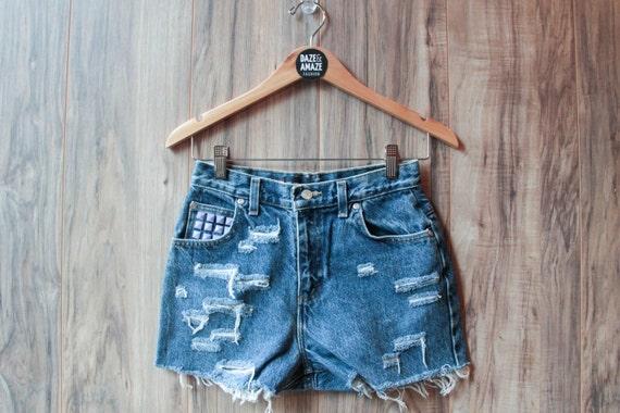 Purple studded denim shorts | High waisted denim shorts | Hipster shorts | Festival shorts | Distressed denim shorts | Ripped denim |