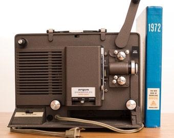 Vintage Argus Showmaster 870 Super Eight