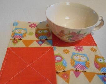 """Mug Rug, Drink Coaster, Fabric Coaster, Owl Mug Mat, Snack Mat, Orange Mug Rug, Mini Quilt, Quilted Mat, Fabric Mat, 6 1/2"""" x 6"""", #131 3/4"""""""