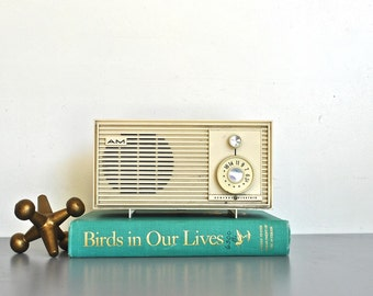 White Mid-Century Radio | Vintage AM Radio | Modern Home Decor