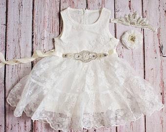 White Flower Girl Dress / Country Flower Girl Dress / Lace Dress..Rustic Flower Girl / Ivory Lace Flower Girl Dress / White