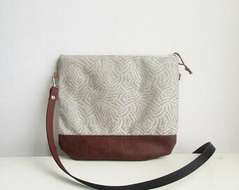 Geometric Crossbody bag, Small day bag, Slouchy Messanger bag, Shoulder bag, Summer bag, Natural linen