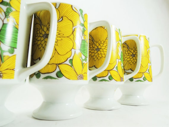 Vintage Footed Coffee Mugs - Goodwood Made in Japan Yellow Anemone Flower Pattern Porcelain Footed Coffee Mugs -- Set of 4, Retro Mugs