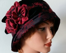 Cloche Hat Flapper Hat 20s 1920s Downton Abbey Black Velvet Burgundy Red Vintage Style 22,5 -23 inch