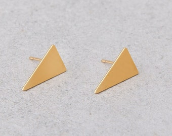 Triangle Stud Earrings, Gold Geometric Earrings, Delicate Geometric Triangle Earrings, Dainty Gold Stud Earrings, Girls Earrings, Ear Studs