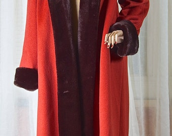 1990s womans wool full length coat. Rust colored, and faux fur trimmed. Braefair, Hockanum fabric